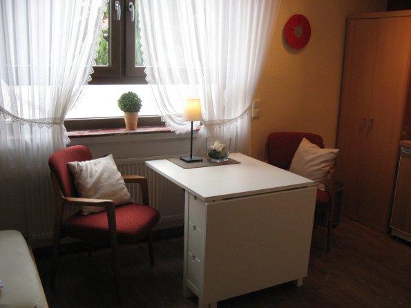 Ferienwohnung Schreibtisch